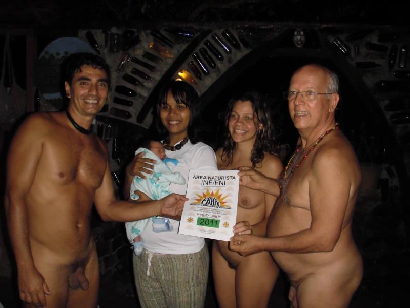 nudismo em familia  Assistir Videos Porno Amadores
